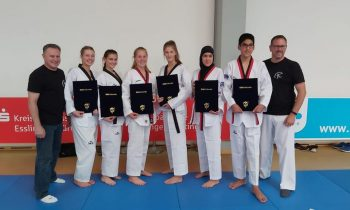 3 neu DAN-Trägerinnen und 3 Poom-TrägerInnen im Taekwondo