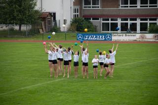 Fussballspiel Pausenshow Turnen2.jpeg