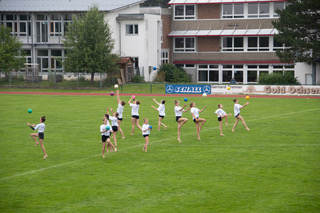 Fussballspiel Pausenshow Turnen4.jpeg